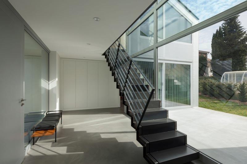 Escalera de hierro para porche