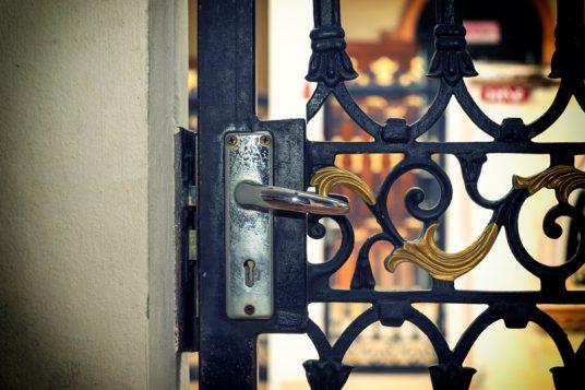 Puerta de cerrajería